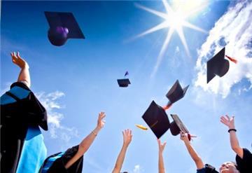 Phải công khai số sinh viên có việc làm sau 1 năm ra trường