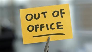 Nên tạm hoãn hợp đồng hay nghỉ không lương?