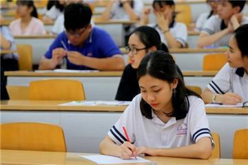 Tăng mức cho vay với học sinh, sinh viên lên 2,5 triệu đồng/tháng