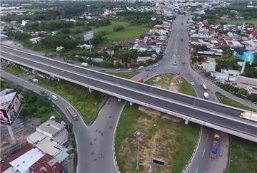 Chuyển 8 dự án đường cao tốc Bắc - Nam sang đầu tư công