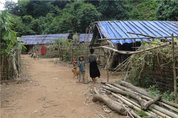 Xã, thôn đặc biệt khó khăn tiếp tục hưởng chính sách an sinh xã hội