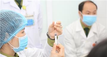 Tất cả người gặp sự cố khi tiêm vắc xin Covid-19 đều đã ổn định