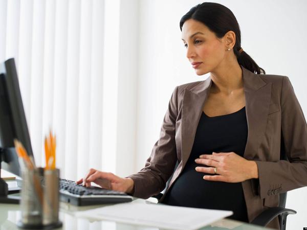 Chế độ thai sản cho bà bầu văn phòng