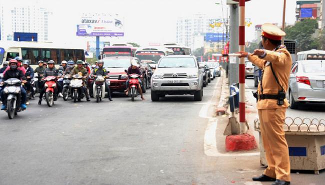 15 lỗi vi phạm giao thông bị tạm giữ ô tô 7 ngày
