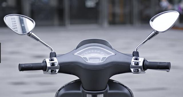 Chỉ lắp một gương trên xe máy có bị xử phạt?