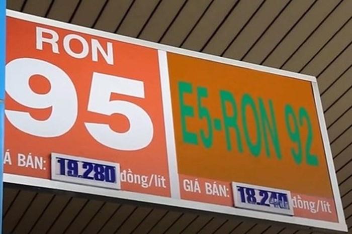 So sánh xăng E5 và xăng RON 95