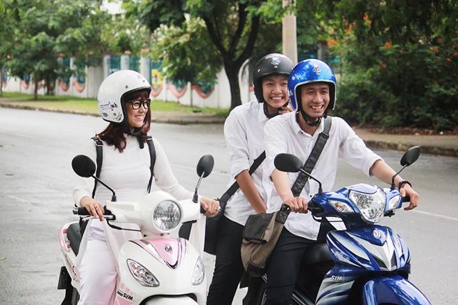 Học sinh cấp 3 được phép đi xe máy?