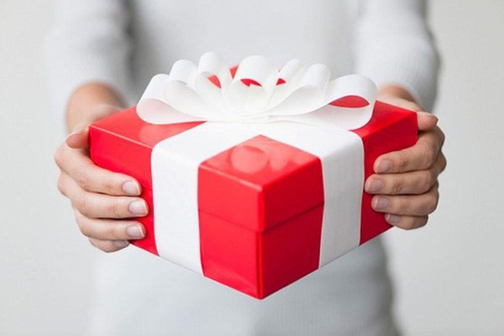 Chia tay có được đòi quà?