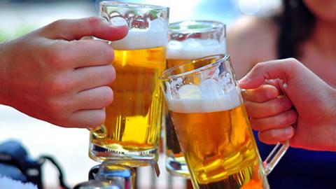 Hà Nội nghiêm cấm công chức uống rượu, bia vào giờ nghỉ trưa