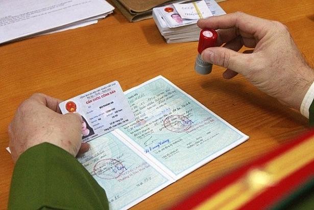 Có cần đính chính các loại giấy tờ khi đổi sang Căn cước công dân?