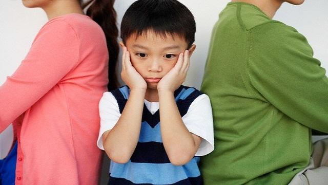 """""""Cuộc chiến"""" giành quyền nuôi con: Ý kiến của con quan trọng thế nào?"""