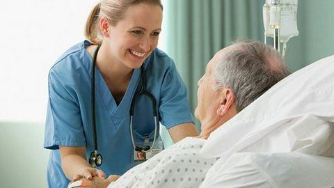 Luật Khám, chữa bệnh: 8 thông tin quan trọng với người bệnh