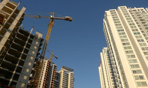 """Dự án chung cư bị """"siết nợ"""", quyền của người mua nhà tính sao?"""