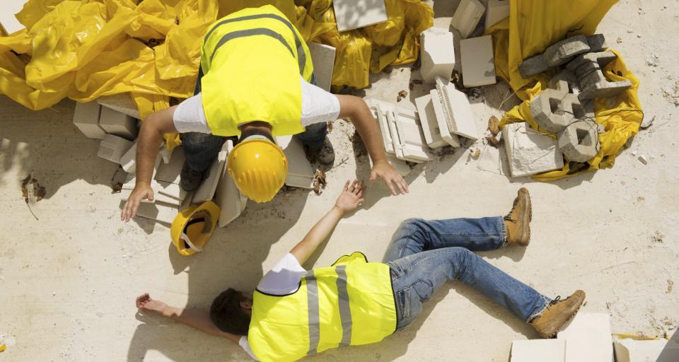 Cách tính trợ cấp hằng tháng cho người tai nạn lao động
