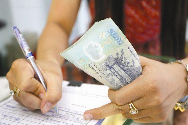 Khi nào người lao động được tạm ứng tiền lương?