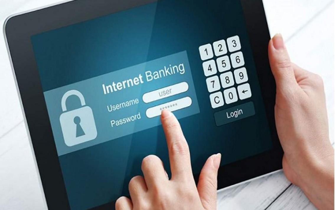 Đăng nhập Internet Banking lần đầu bắt buộc phải đổi mật khẩu