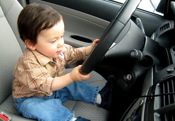 để con lái ô tô bị phạt thế nào