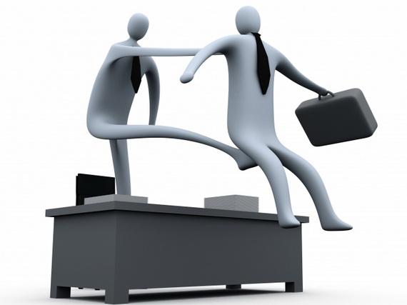 Người lao động nên làm gì khi bị kỷ luật không thỏa đáng?