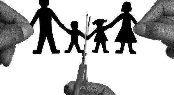 giành quyền nuôi con khi làm thủ tục ly hôn 2019