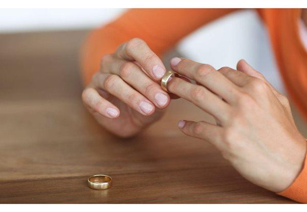 vợ cũ được hưởng di sản thừa kế từ chồng