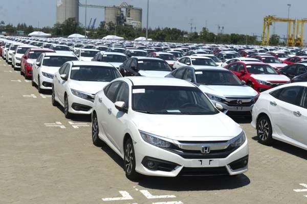 Chỉ nhập ô tô dưới 16 chỗ về Việt Nam qua 5 cửa khẩu