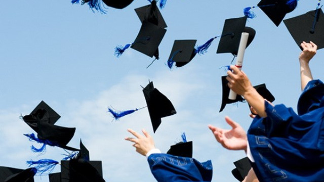 Có được dùng Giấy chứng nhận tốt nghiệp thi tuyển công chức