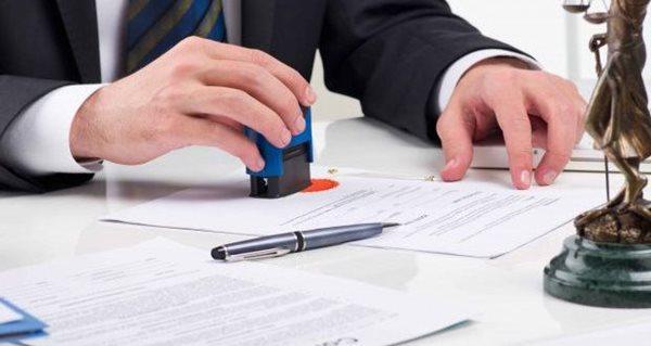 Hợp đồng mua bán xe có phải công chứng, chứng thực không