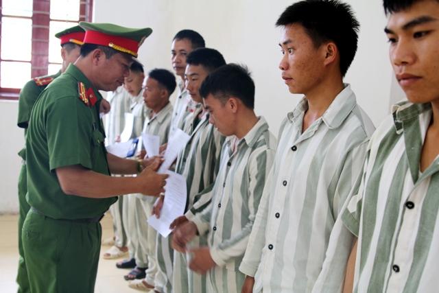 điều kiện để được tha tù trước thời hạn