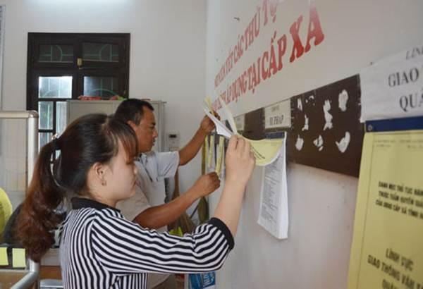 Điều kiện cán bộ, công chức cấp xã được chuyển lên cấp huyện