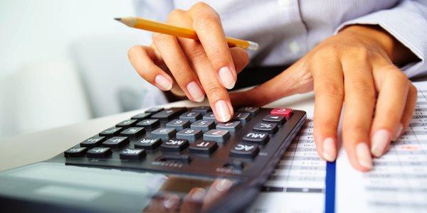 thực hiện theo hướng dẫn của cơ quan quản lý thuế