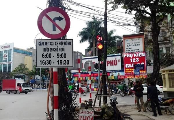 đi vào đường cấm theo giờ