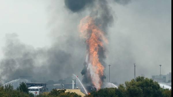 không bảo quản hóa chất gây cháy nổ