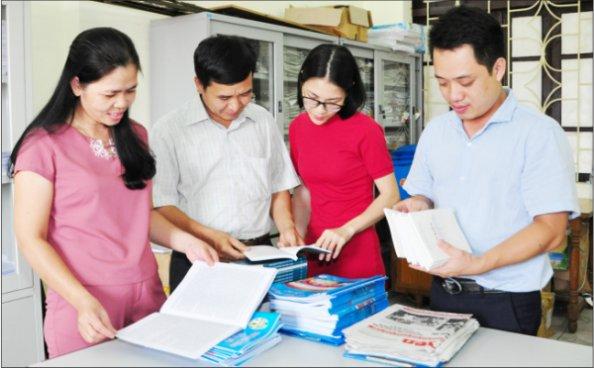 Chuẩn bị tài liệu hội nghị người lao động