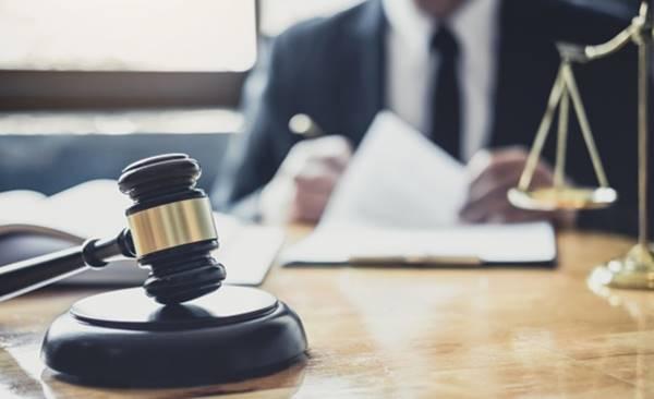 cán bộ công chức có được tập sự hành nghề luật sư không
