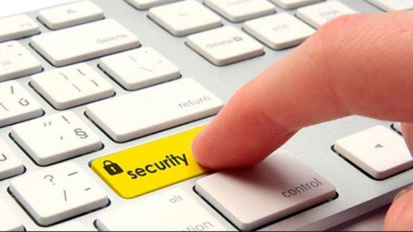 lộ thông tin khách mua bảo hiểm