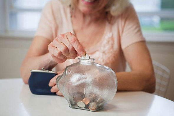 mức lương hưu thấp nhất