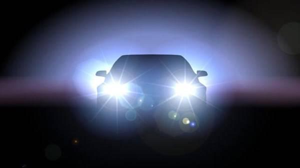 đèn xe hỏng khi đang đi đường