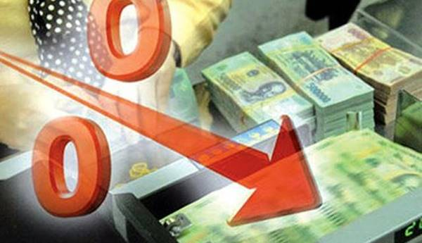 giảm lãi suất tiền gửi và lãi suất cho vay ngắn hạn
