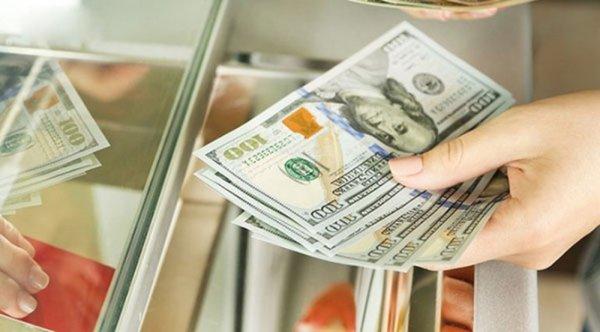 Giảm mức phạt khi đổi USD tại tiệm vàng