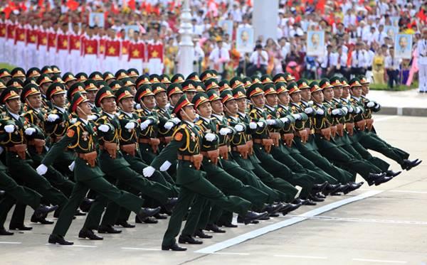 nâng lương và phụ cấp trong quân đội