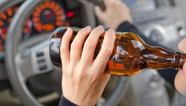 10 ngày nữa: Cứ uống rượu lái xe là bị cấm, nhưng thiếu mức phạt!