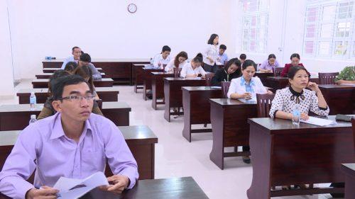 Nhiều điều kiện mới với người thi nâng ngạch công chức từ 01/7/2020