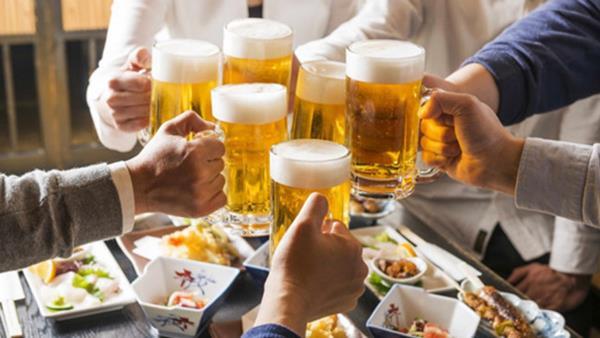 Mức phạt khi rủ rê, ép buộc người khác uống rượu, bia