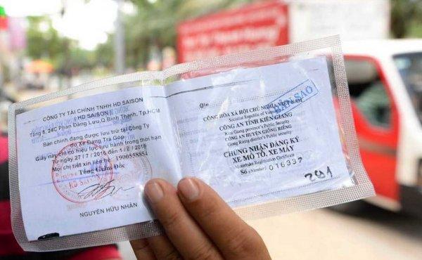 Không bắt buộc mang theo bản gốc giấy tờ xe khi đi đường