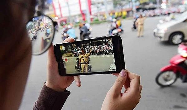 Người dân được quay phim CSGT làm nhiệm vụ từ 15/01/2020
