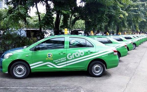 Taxi công nghệ không bắt buộc phải gắn hộp đèn