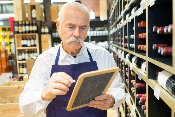 Người nghỉ hưu đi làm có phải đóng BHXH không?