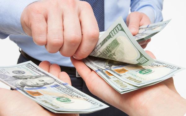 tăng lương nên ký phụ lục hay ký hợp đồng
