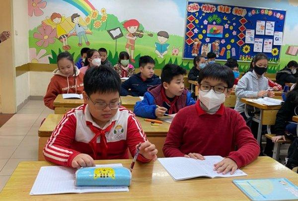 học sinh không phải đeo khẩu trang khi ở trường