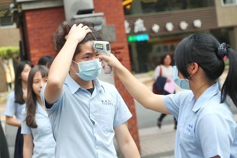 Hướng dẫn phòng chống dịch nCoV khi học sinh đi học lại